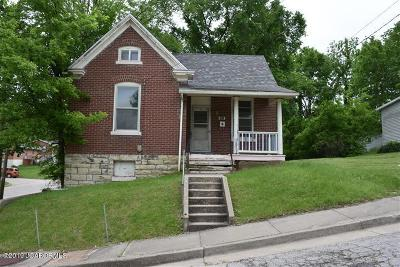 Jefferson City Single Family Home For Sale: 201 Olive Street