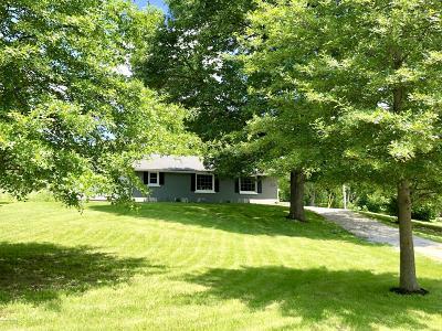 Hartsburg MO Single Family Home For Sale: $147,500
