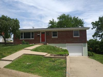 Jefferson City Single Family Home For Sale: 1900 N Parkway