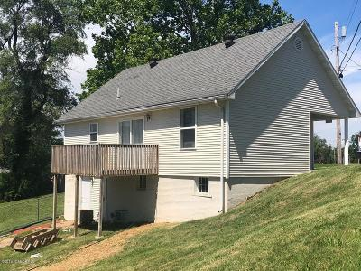 Jefferson City Single Family Home For Sale: 1326 Riverside Drive