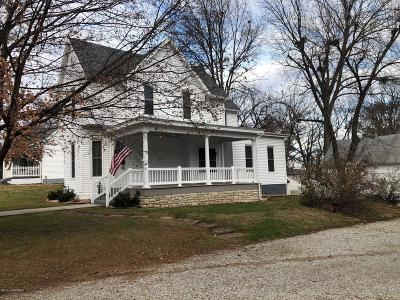 Single Family Home For Sale: 204 S East Street