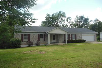 Jefferson City Single Family Home For Sale: 4001 Greenbrier Drive
