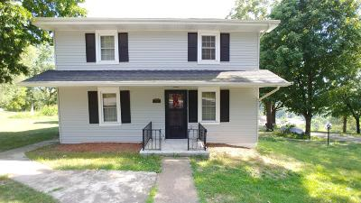 Single Family Home For Sale: 306 E 4th Street