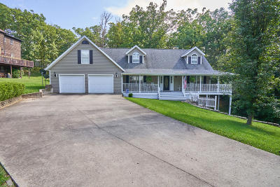 Ashland, Columbia, Hartsburg, Fulton, Holts Summit, New Bloomfield, Centertown, Eugene, Jefferson City, Russellville, Wardsville Single Family Home For Sale: 5113 Sharon Drive