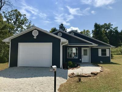 Linn Single Family Home For Sale: 1012 Barbara Lane