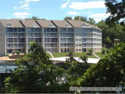 Benton County, Camden County, Cole County, Dallas County, Laclede County, Miller County, Moniteau County, Morgan County, Pulaski County Condo For Sale: 18136 Millstone Cove Road, #123 #123
