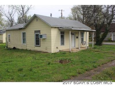 Versailles MO Single Family Home For Sale: $32,000