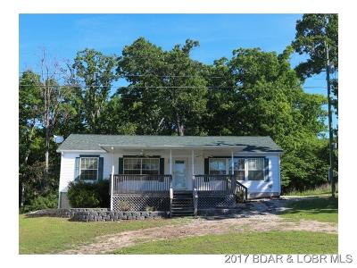 Benton County, Camden County, Cole County, Dallas County, Hickory County, Laclede County, Miller County, Moniteau County, Morgan County, Pulaski County Single Family Home For Sale: 32310 Island View Rd.