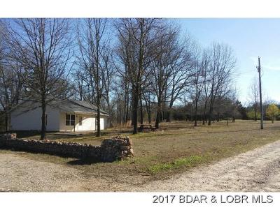 Benton County, Camden County, Cole County, Dallas County, Hickory County, Laclede County, Miller County, Moniteau County, Morgan County, Pulaski County Single Family Home For Sale: 19 Stardust Lane