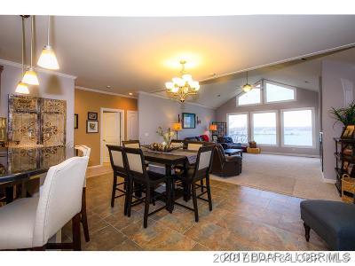 Lake Ozark Single Family Home For Sale: 1590 Duckhead Road