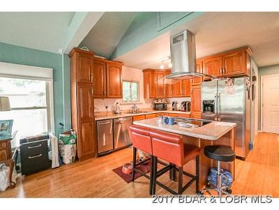 Osage Beach Single Family Home For Sale: 126 Bent Shadow Lane