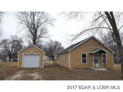 Eldon Single Family Home For Sale: 423 W Court St