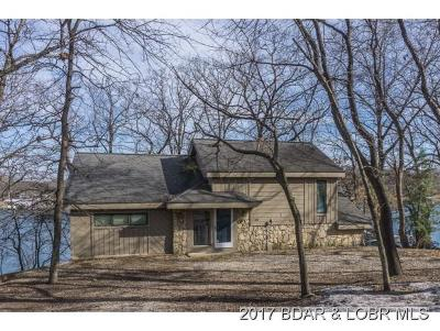 Single Family Home For Sale: 54 Point Hickory Court