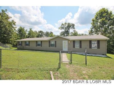 Benton County, Camden County, Cole County, Dallas County, Hickory County, Laclede County, Miller County, Moniteau County, Morgan County, Pulaski County Single Family Home For Sale: 1140 Patricia Ln