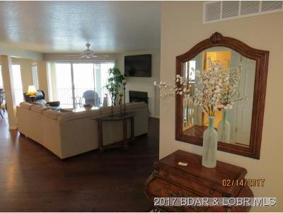 Lake Ozark Condo For Sale: 382 Regatta Bay Circle #2B