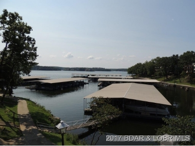 Lake Ozark Condo For Sale: 221 Circle Edge Drive 1a #27-1A