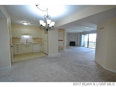 Lake Ozark Condo For Sale: 113 Waters Edge Ct #3B