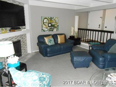Lake Ozark Condo For Sale: 99 2-A Waters Edge Ct. #2-A