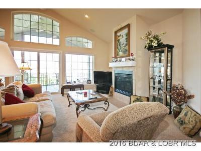 Lake Ozark Townhouse/Villas For Sale: 546 Lakeshore Drive