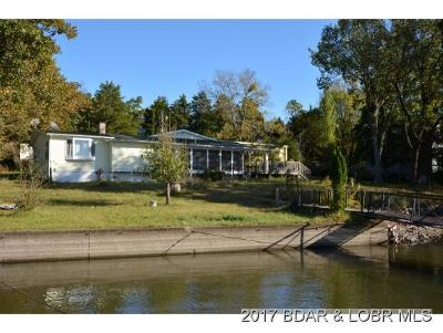 Climax Springs Single Family Home For Sale: 52 Squirrel Crossing
