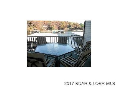 Benton County, Camden County, Cole County, Dallas County, Hickory County, Laclede County, Miller County, Moniteau County, Morgan County, Pulaski County Condo For Sale: 40 Lighthouse Landing #103