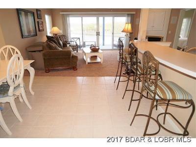 Lake Ozark Condo For Sale: 60 Monarch Cove Ct #3C