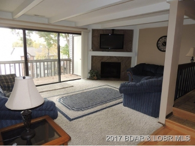 Lake Ozark Condo For Sale: 117 Waters Edge Court 2a #2A