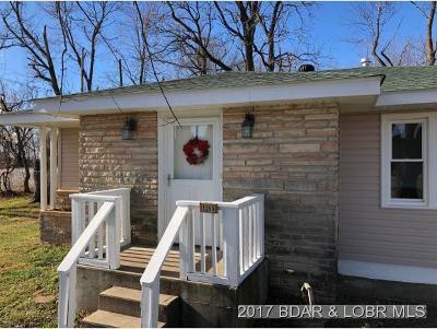 Eldon Single Family Home For Sale: 1209 Maple St