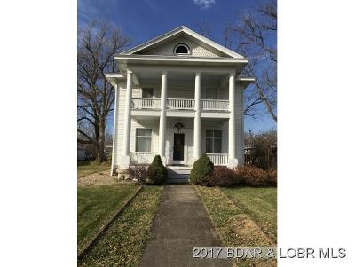 Eldon Single Family Home For Sale: 117 N Aurora Street