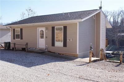 Camdenton Single Family Home For Sale: 161 Run Drive