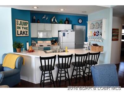 Lake Ozark Condo For Sale: 804 W. Harbour Circle #W804