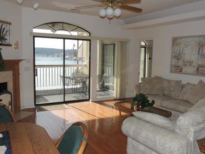 Lake Ozark Condo For Sale: 46 Aqua Fin Drive #3B