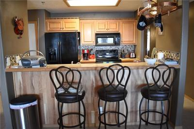 Lake Ozark Condo For Sale: 49 Aqua Fin Drive #2A