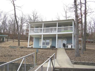 Climax Springs Single Family Home Contingent: 770 Triple Cove Lane