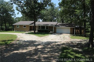 Linn Creek Single Family Home Contingent: 749 McCubbins