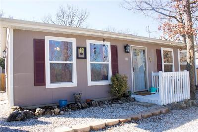 Linn Creek Single Family Home Contingent: 138 Winter Wood Loop