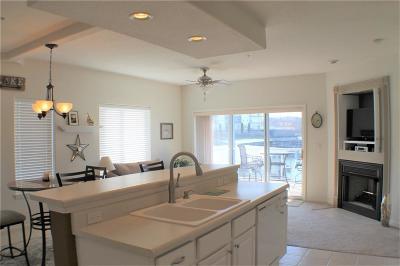 Lake Ozark Condo For Sale: 85-1c Monarch Cove Court #1C