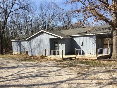 Macks Creek Single Family Home For Sale: 45 Hunt NE