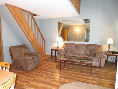 Lake Ozark Condo For Sale: 105 Den Cove Lane #3B