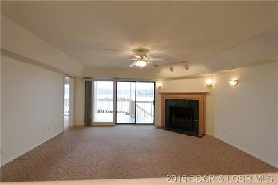 Lake Ozark Condo For Sale: 124 Aqua Fin Drive #1A