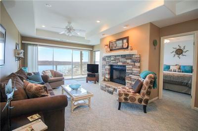 Lake Ozark MO Condo For Sale: $140,000