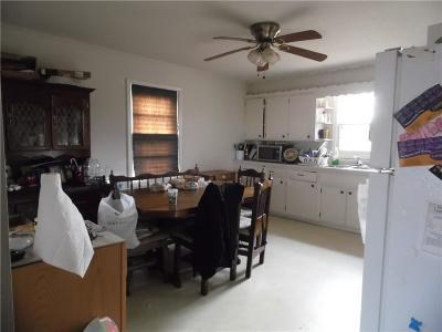 Camdenton Single Family Home Contingent: 191 Third Street