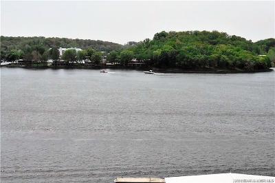 Lake Ozark Condo Contingent: E907 Harbour Towne #E907