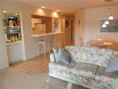 Osage Beach Condo For Sale: 4800 Eagleview Drive #122B