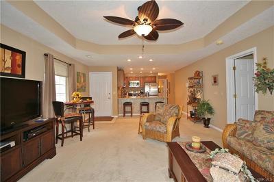 Lake Ozark Condo For Sale: 275 Charleston Drive #2B
