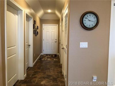 Benton County, Camden County, Cole County, Dallas County, Laclede County, Miller County, Moniteau County, Morgan County, Pulaski County Condo For Sale: 18136 Millstone Cove Road S #112