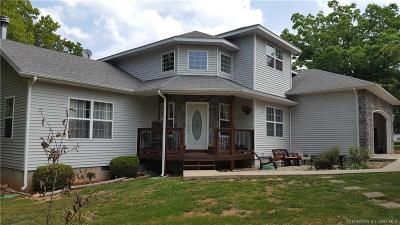 Camdenton Single Family Home For Sale: 403 Twisted Oaks