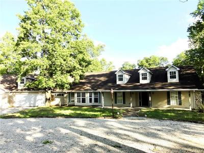 Linn Creek Single Family Home Contingent: 2854 State Hwy Y