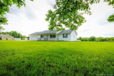 Eldon Single Family Home For Sale: 1875 Long Lane