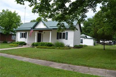 Eldon Single Family Home For Sale: 203 South Grand Avenue